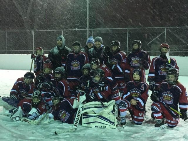 https://www.hockeywestisland.org/wp-content/uploads/2019/01/outdoor-game-640x480.jpg