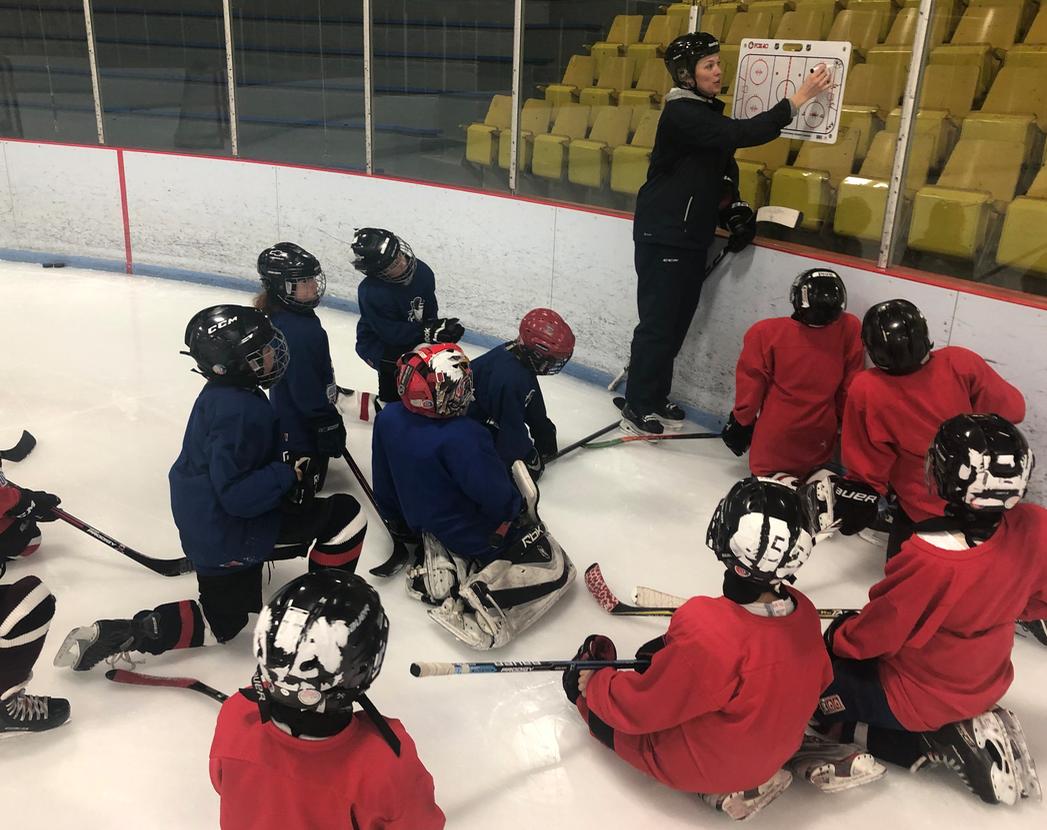 https://www.hockeywestisland.org/wp-content/uploads/2020/09/Screen-Shot-2019-01-12-at-8.37.11-AM.png